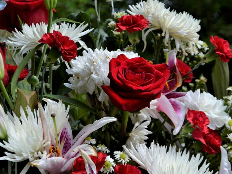 Esquelas y Coronas de flores